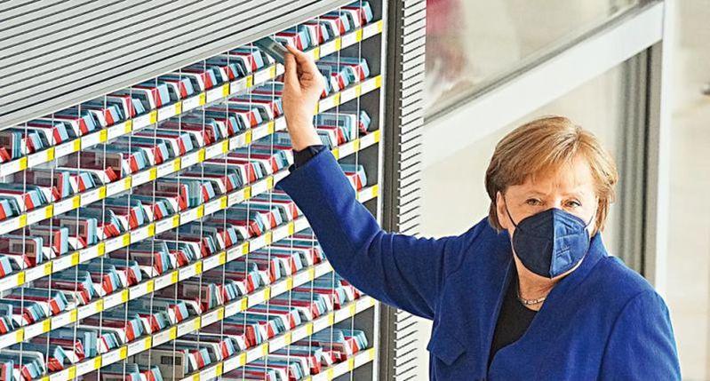 德國總理梅克爾5日重申對中歐投資協定的支持。(美聯社)