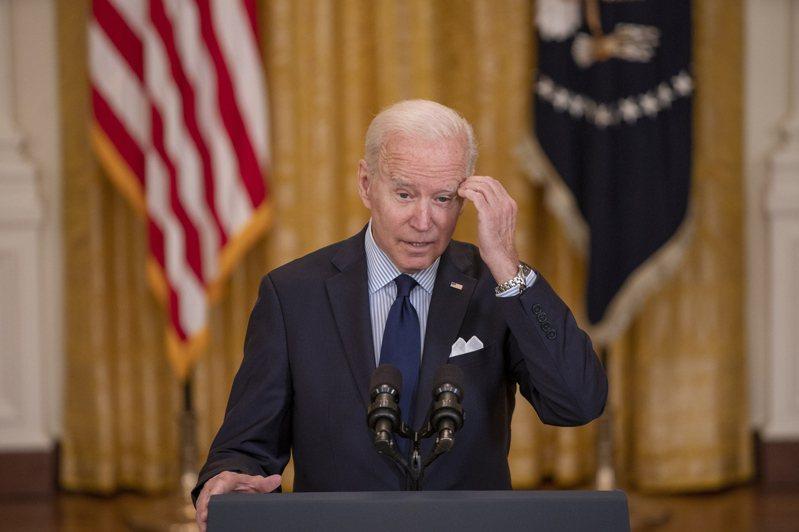拜登總統現在看共和黨內爭,他迷惘地說「搞不懂共和黨了」。(歐新社)