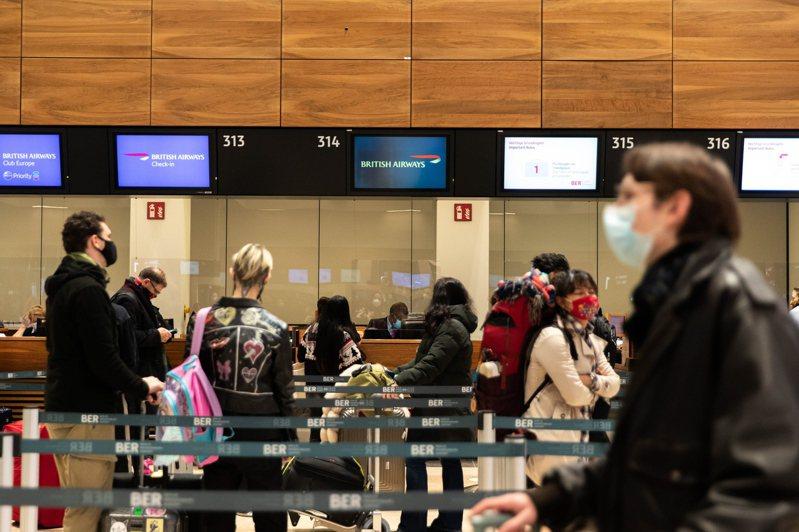 德國將英國列為變種病毒風險區,自23日午夜起禁止來自英國旅客入境。(歐新社)