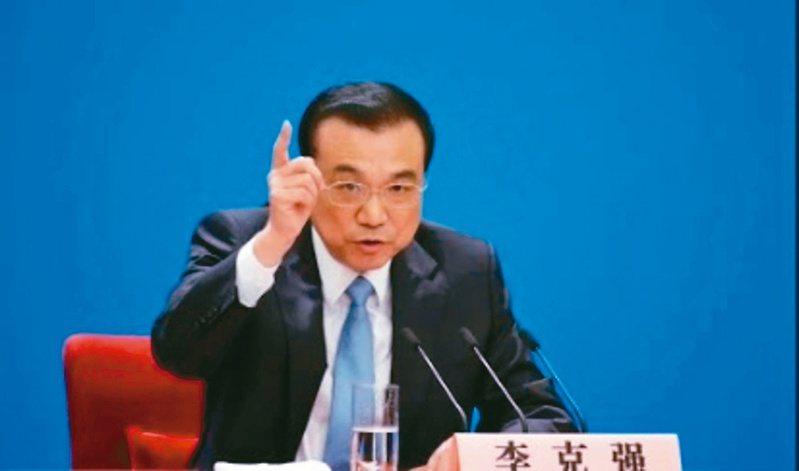 國務院總理李克強表示要打擊囤積居奇、哄抬價格。(本報資料照片)