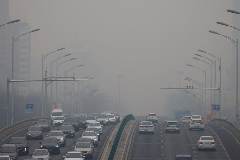 全球25個大城市的溫室氣體排放量,中國首都北京進入前六名。(路透)