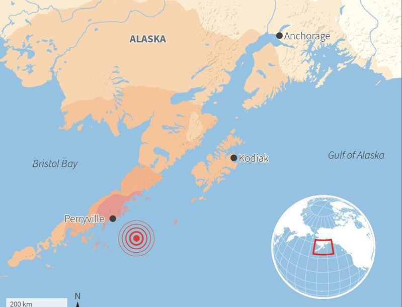 美東時間29日凌晨阿拉斯加發生規模8.2強震,美國一度發出海嘯警告,後來解除。(路透)