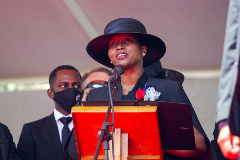 海地總統摩依士遇刺身亡,遺孀瑪婷在事發後首度受訪表示認真考慮康復後要選總統。(歐新社)