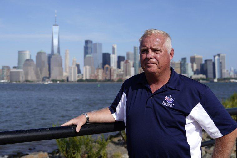 前紐約市警察Charlie Sullivan,曾參加九一一事件後的救援工作,已被...