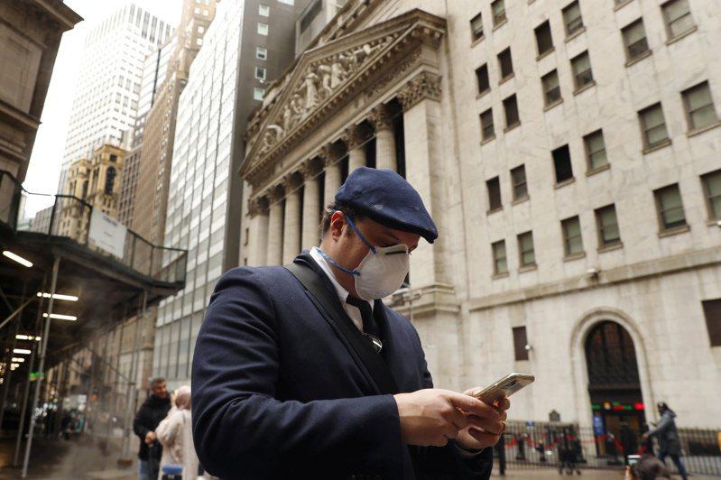 債券殖利率上升是股市預警訊號。(路透)